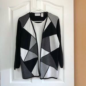 Black and white Alfred Dunner sweater size large